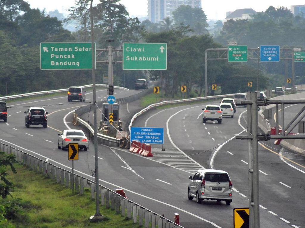 Kawasan Puncak Ramai Didatangi Warga Bogor-Jakarta, One Way Diberlakukan