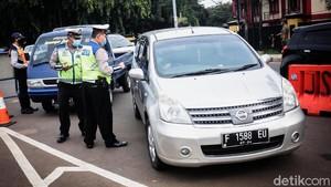 Pemudik Dipersulit Balik ke Jakarta, Dokter: Nggak Dikarantina Sekalian?