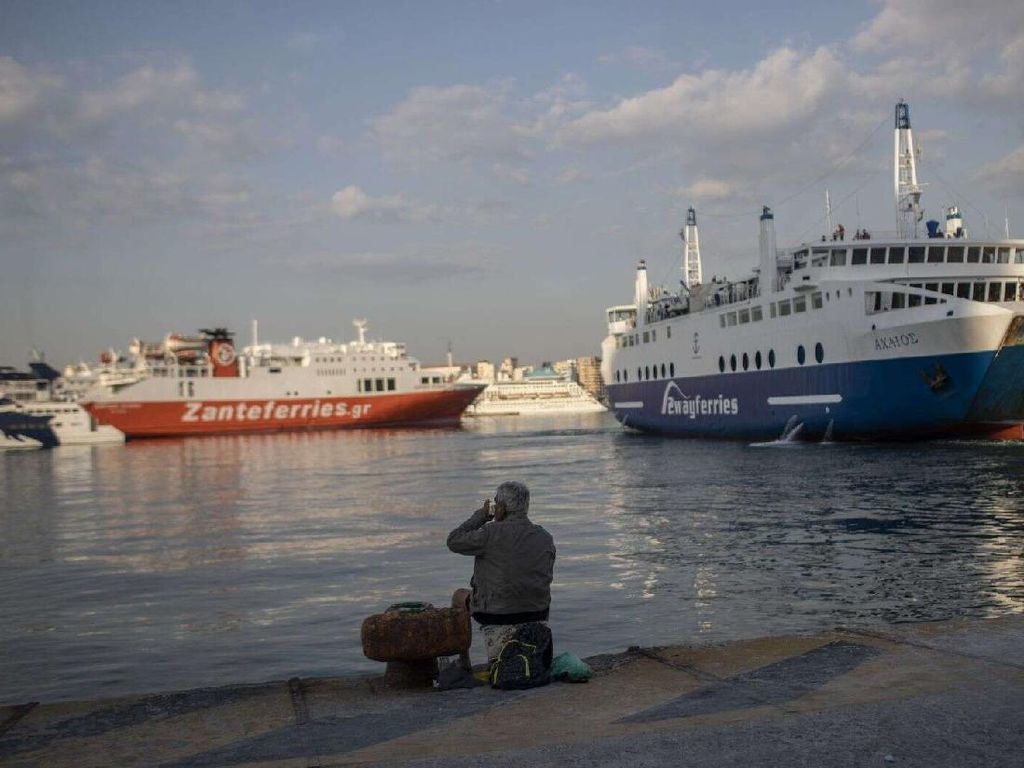 Potret Wisata Yunani yang Mulai Membuka diri untuk Turis Domestik
