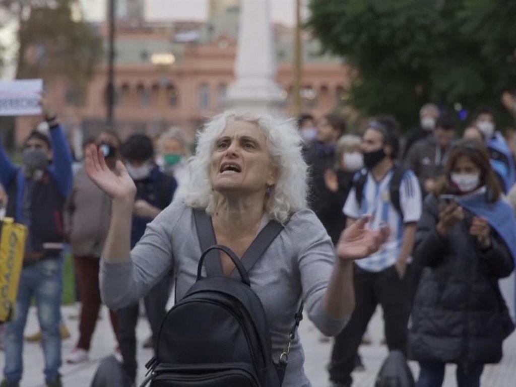 Kasus COVID-19 di Argentina Mendekati 1 Juta