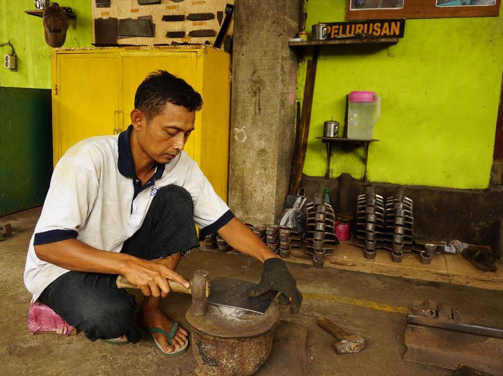 Kehidupan Warga Dukuh Karangpoh di Klaten Bergantung Cangkul