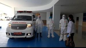 Heboh Ambulans Angkut Pasien Corona Hampir Jadi Sasaran Amuk Warga