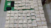 Polisi Amankan 19 Ekstasi dan 250 Ribu Pil Dobel L di Kota Kediri