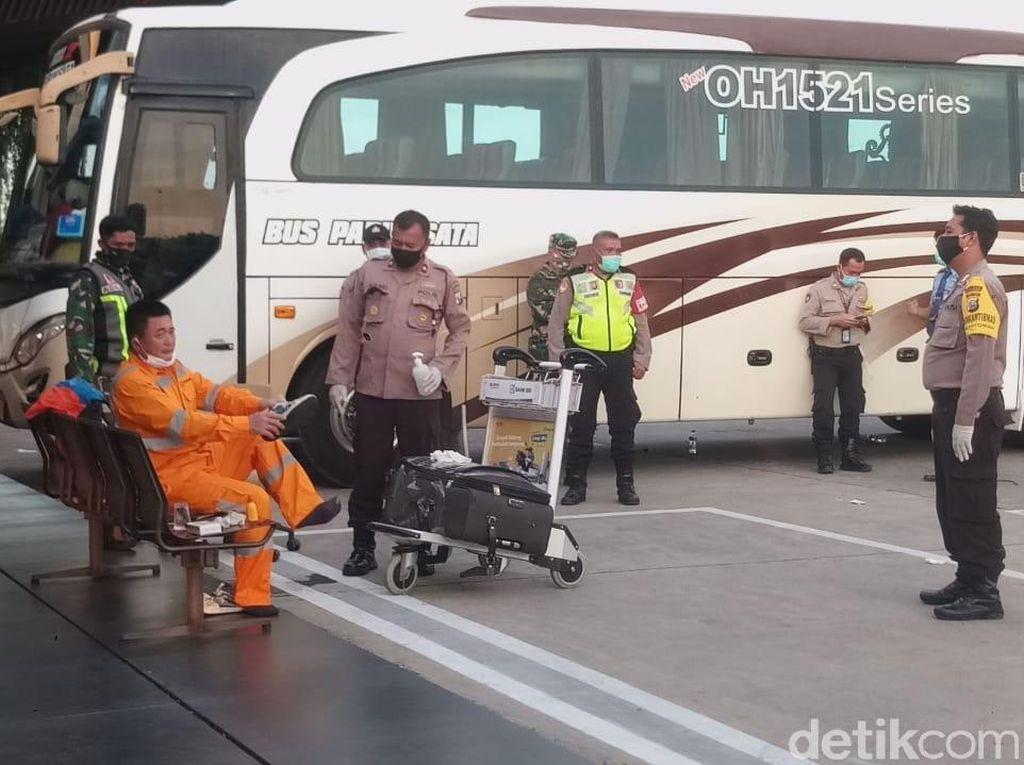 Depresi Sedang, TKA China yang Ngamuk di Bandara Banyuwangi Dideportasi