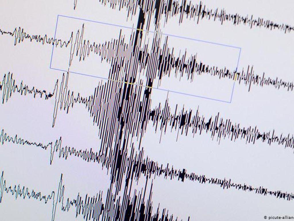 Lempeng Tektonik Ternyata Bergoyang Lambat Sebelum Gempa Hebat