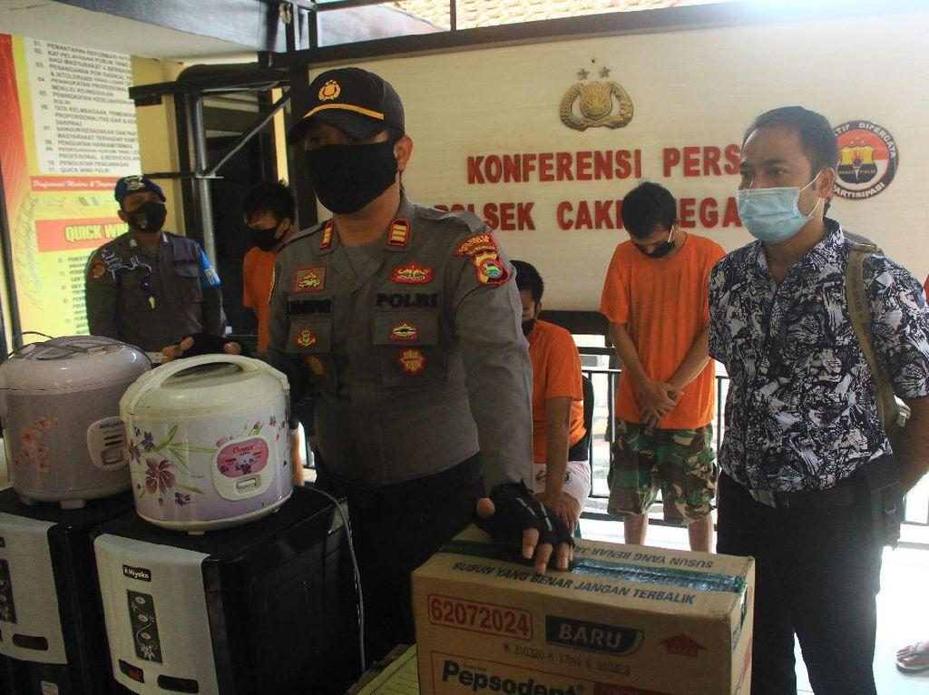 2 Bulan Buron, Otak Komplotan Maling Gudang Ekspedisi di Lombok Dibekuk