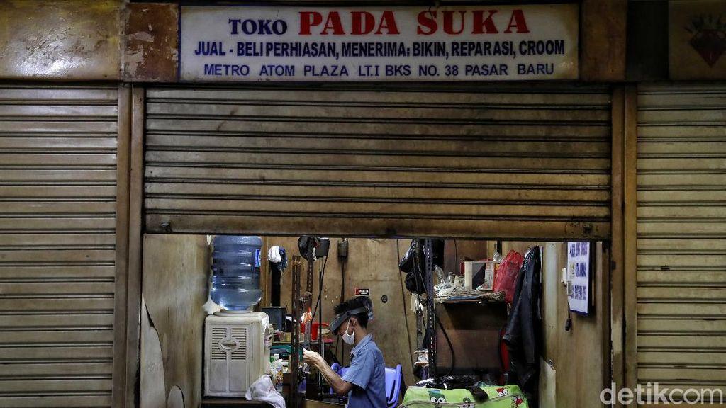 Toko-toko yang Tetap Bertahan di Tengah PSBB