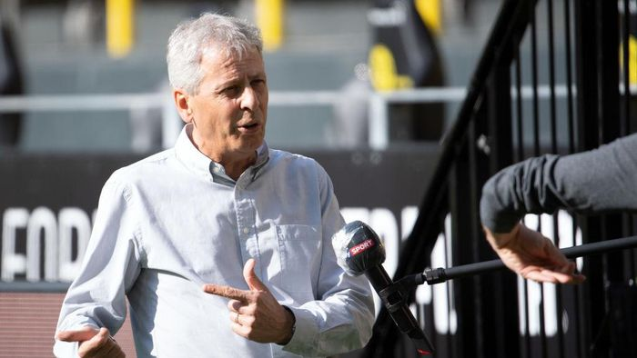DORTMUND, GERMANY - MAY 26: Lucien Favre, Head Coach of Borussia Dortmund is interviewed prior to the Bundesliga match between Borussia Dortmund and FC Bayern Muenchen at Signal Iduna Park on May 26, 2020 in Dortmund, Germany. (Photo by Federico Gambarini/Pool via Getty Images)