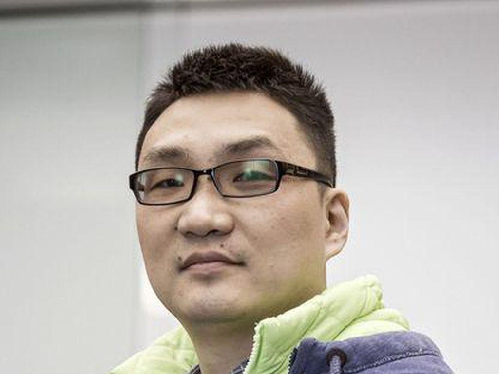 Kisah Anak Pegawai Pabrik Kalahkan Kekayaan Jack Ma