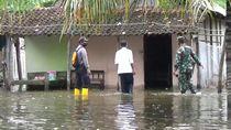Banjir Rob Terjang Pesisir Selatan Tulungagung, Puluhan Rumah Rusak