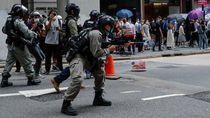 Polisi Hong Kong Tembakkan Merica ke Demonstran RUU Lagu Kebangsaan China