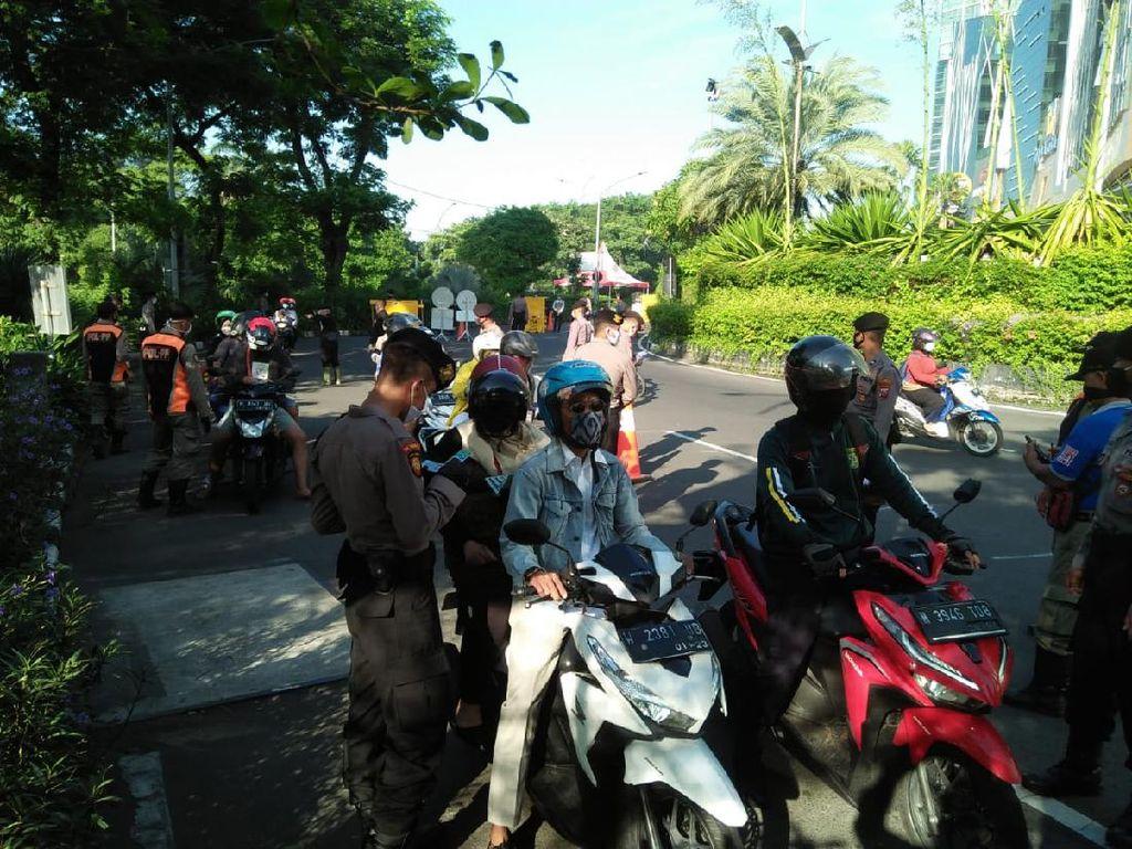 PSBB Jilid 3, Pos Check Point di Surabaya Dirampingkan dan Diperkuat
