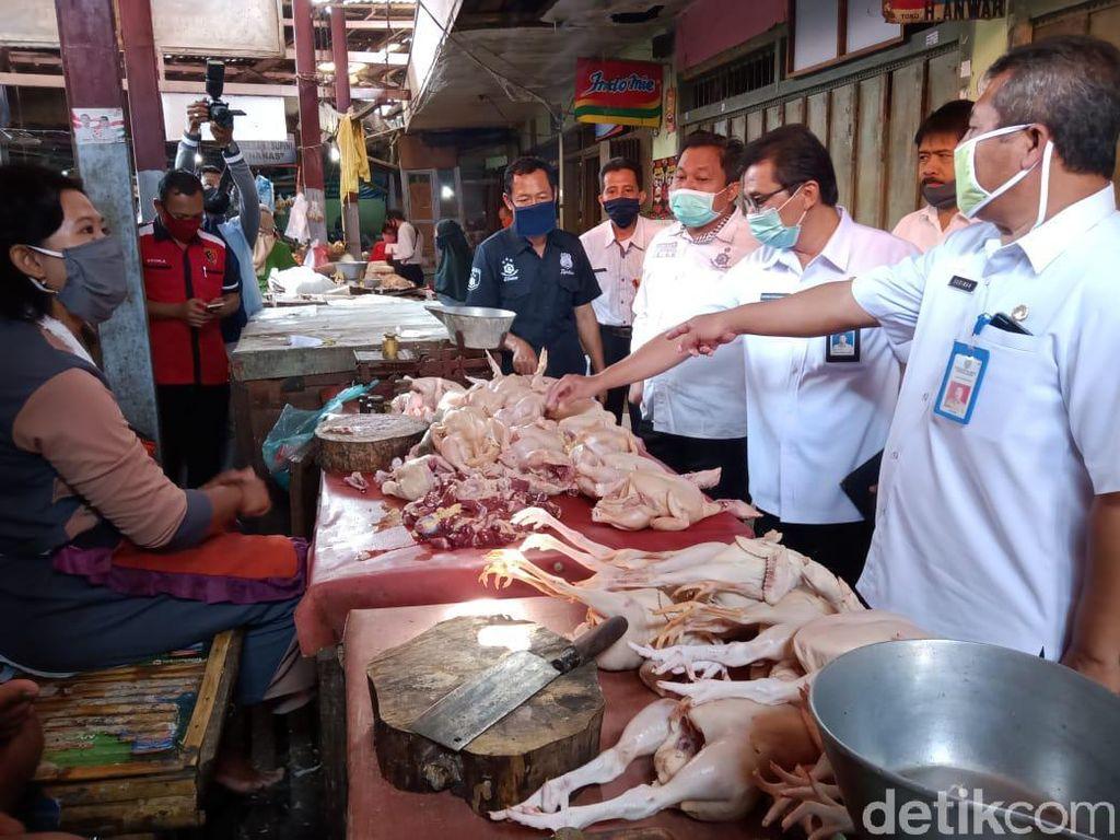 Satgas Pangan Probolinggo Selidiki Harga Daging Ayam yang Masih Mahal