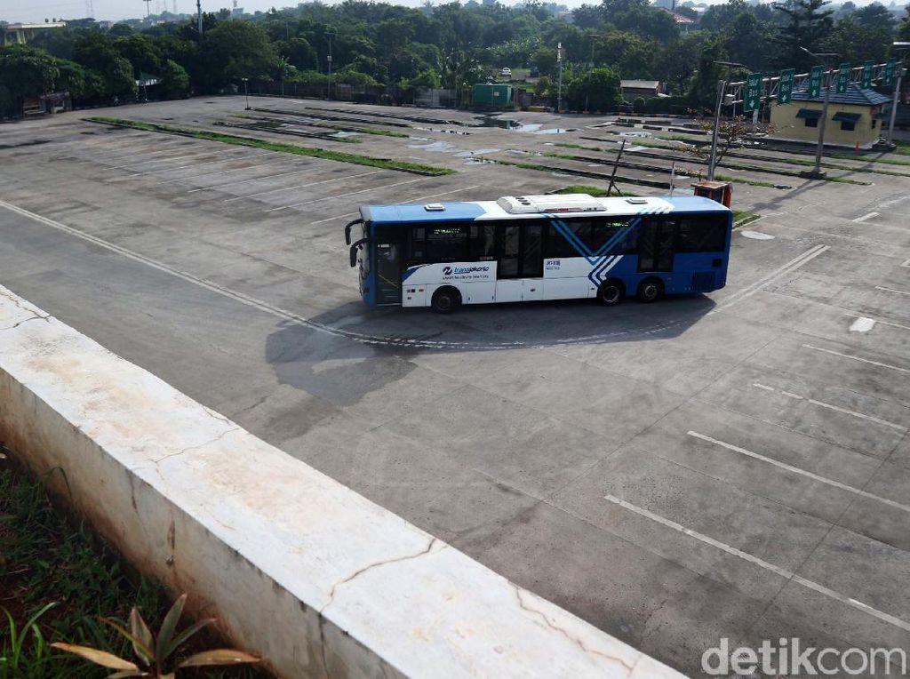 Hasil Studi: Corona Bikin Masyarakat Ogah-ogahan Transportasi Umum