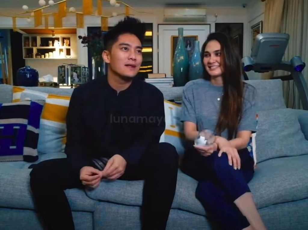 Boy William Sebut Inisial AT Jadi Mantan Terindah, Luna: Ayu Ting Ting?