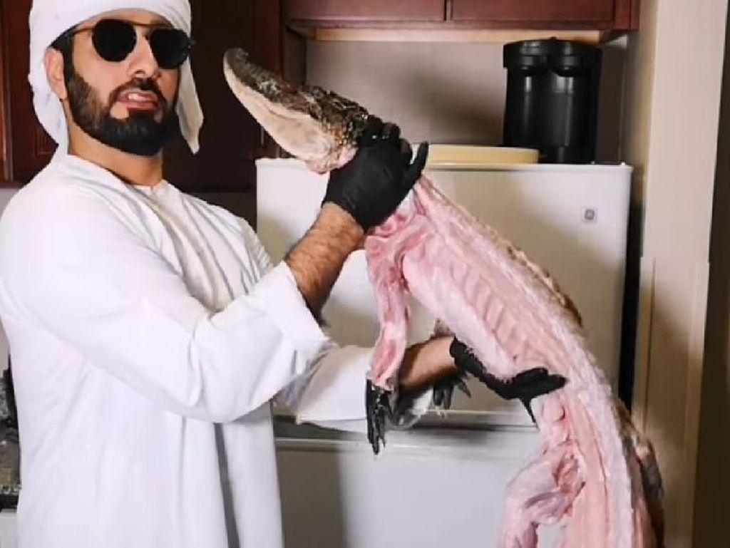 Chef Arab Ini Masak Buaya Panggang, Berani Cicip?