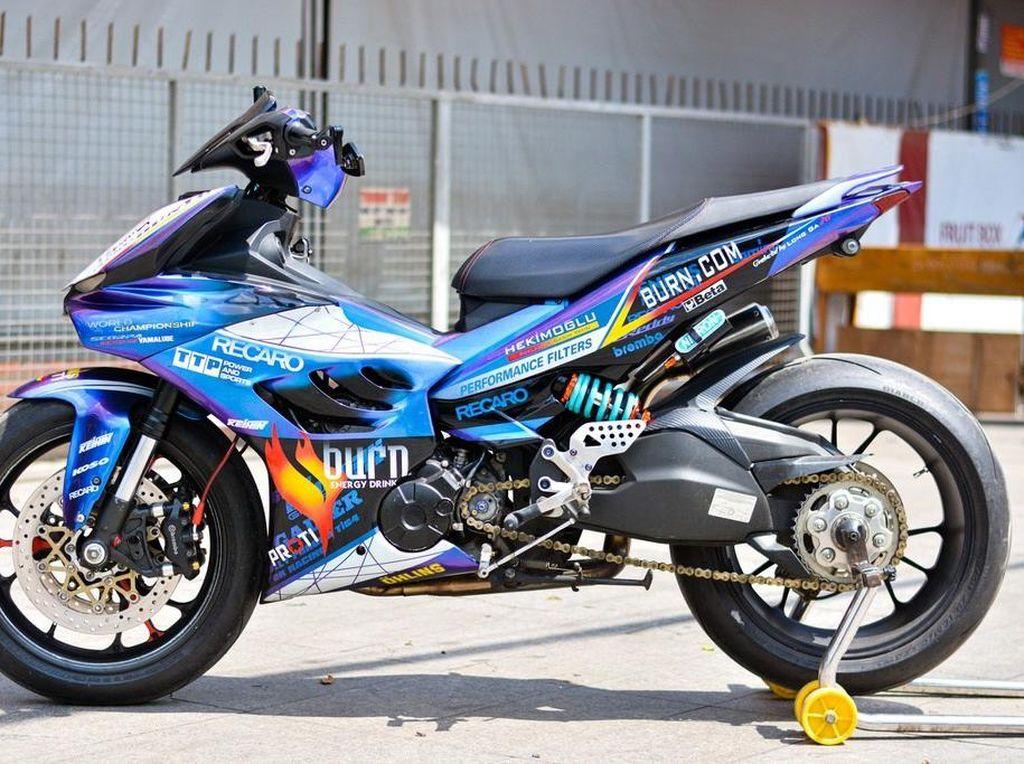 Wujud Yamaha MX King Dimodifikasi Pakai Komponen Ducati