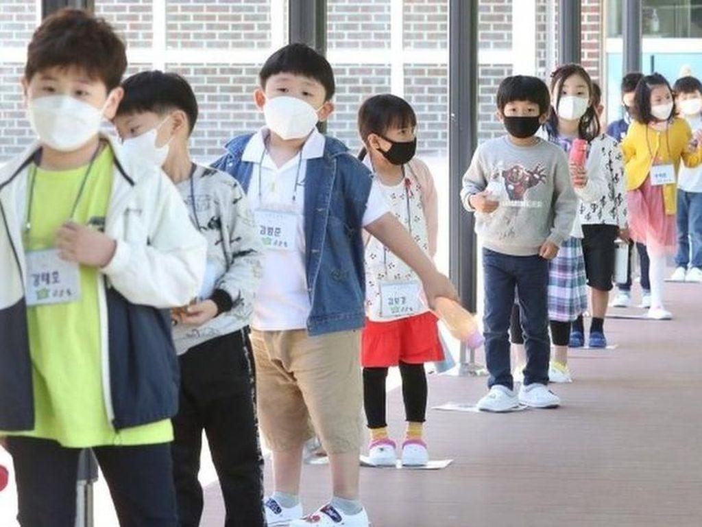 Kasus COVID-19 Naik Lagi, Korea Selatan Temukan Klaster Sekolah