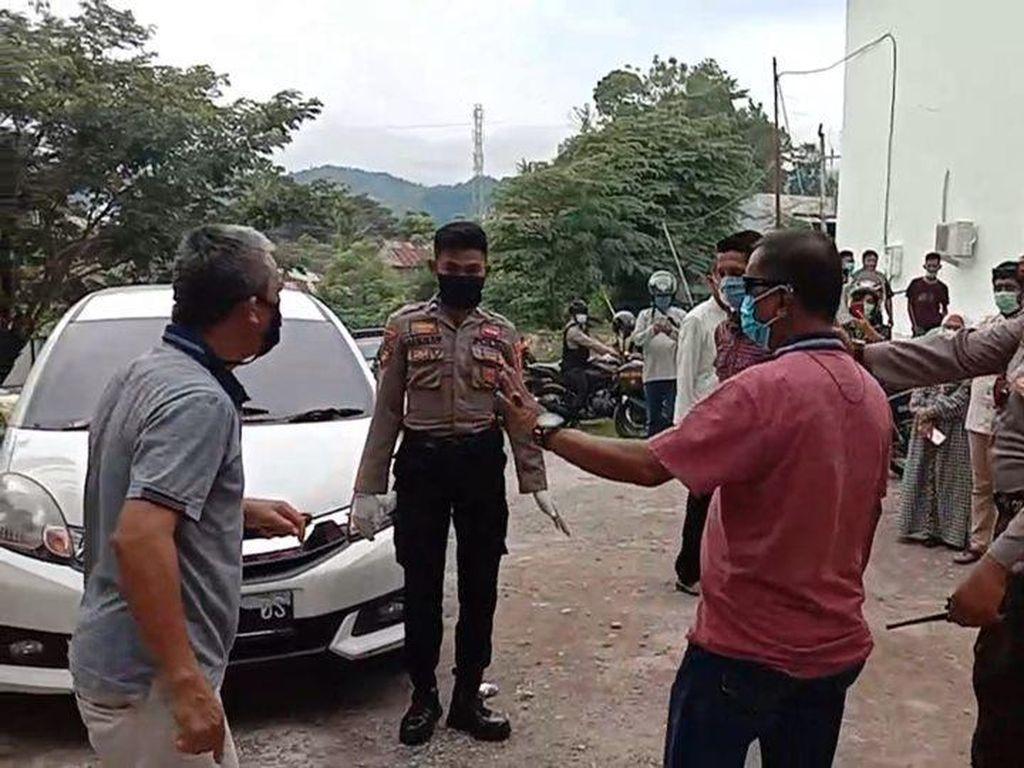 Ortu di Mamuju Ngamuk, Minta Anaknya yang Positif Corona Pulang dari RS