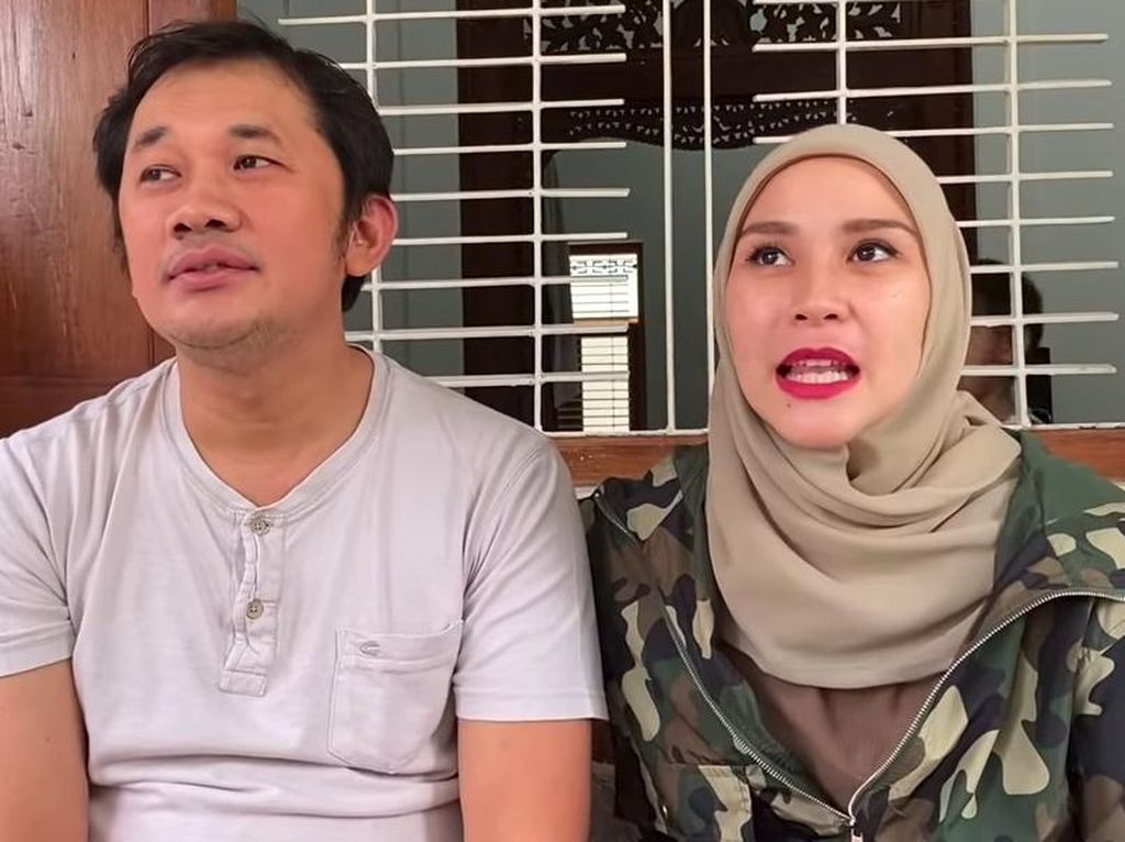 Makan Nanas Tak Mampu Gugurkan Kandungan, Zaskia Mecca Nantikan Anak ke-5