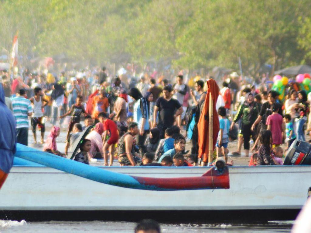 Wisata Pantai Pangandaran Dibuka Kembali Pekan Depan
