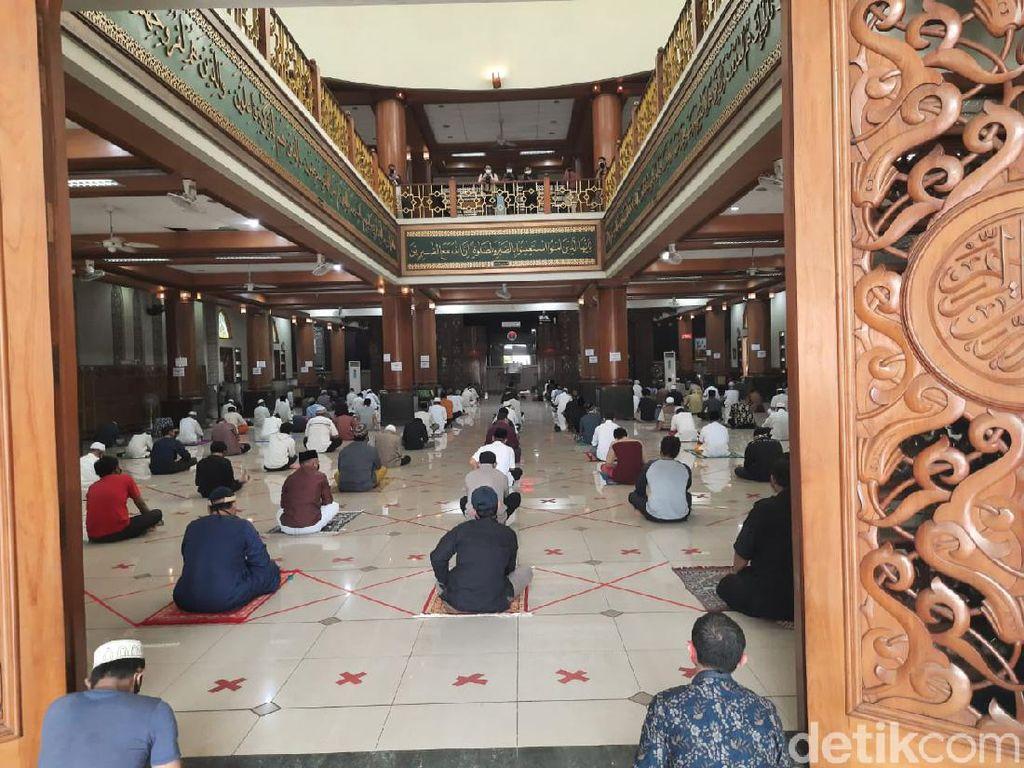 Masjid Al-Barkah Bekasi Gelar Salat Jumat Hari Ini, Jemaah Dibatasi