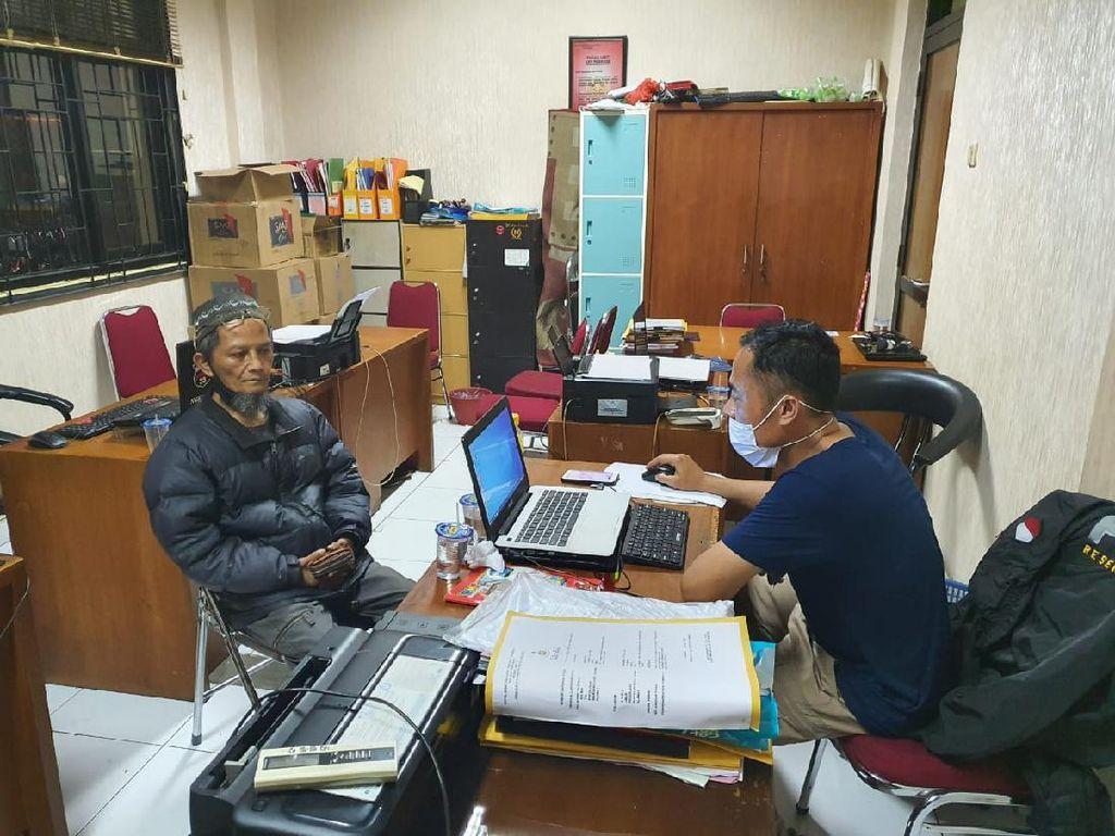 Posting Hoaks Jokowi Tak Pernah Lulus UGM, Pria Cianjur Ditangkap