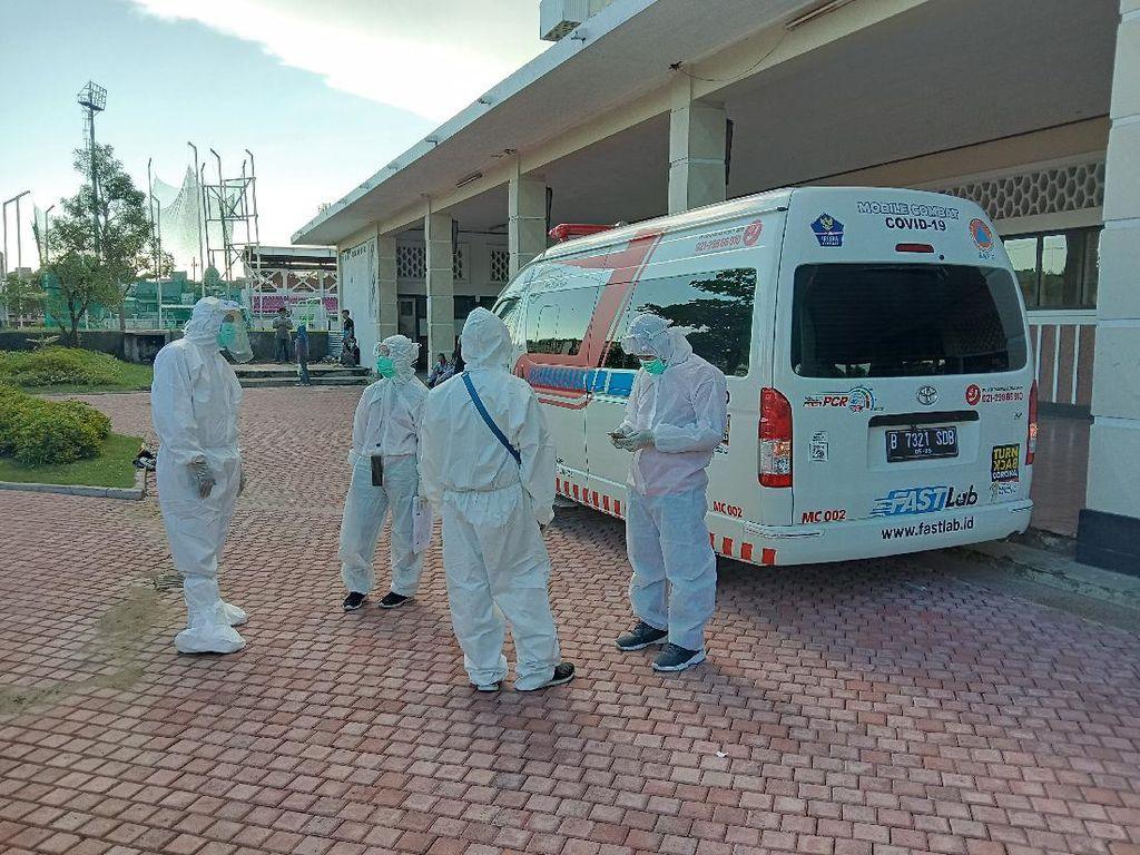 Mobil PCR yang Diminta Risma Sudah Beroperasi di Surabaya