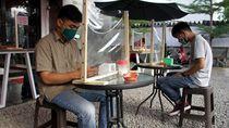 Warkop di Makassar Ini Terapkan Protokol Kesehatan