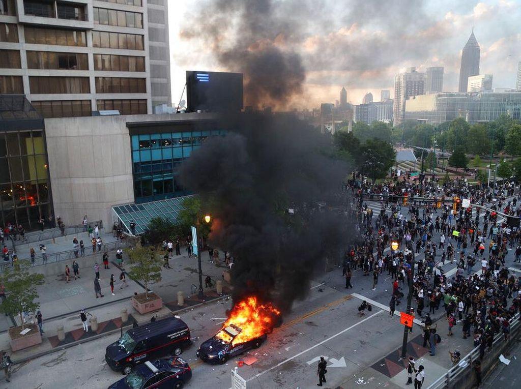 Demo Meluas Imbas Kasus Floyd, KJRI Chicago Imbau WNI Tak Ikut Unjuk Rasa