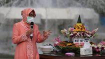HUT Kota Surabaya di Tengah Pandemi COVID-19, Risma Tumpengen Secara Daring