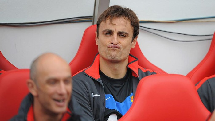 SUNDERLAND, ENGLAND - OCTOBER 02:  Dimitar Berbatov of Manchester United sits on the bench during the Barclays Premier League match between Sunderland and Manchester United at the Stadium of Light on October 2, 2010 in Sunderland, England.  (Photo by Michael Regan/Getty Images)