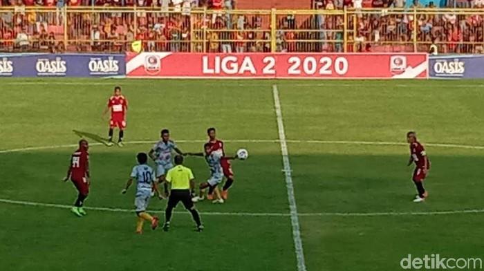 Pertandingan Persijap Jepara melawan PS Hizbul Wathan di Gelora Bumi Kartini