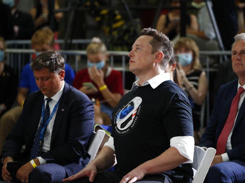 CEO Panasonic Puji Elon Musk: Dia Genius