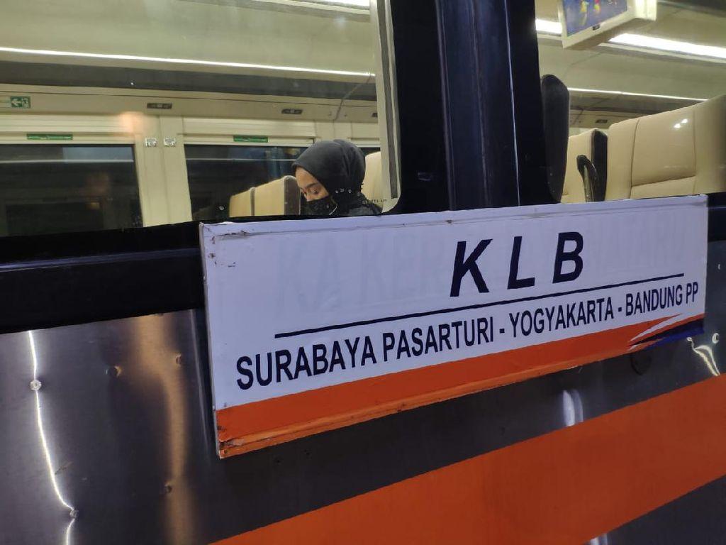 KAI Perpanjang Kereta Luar Biasa Relasi Bandung Ke Surabaya
