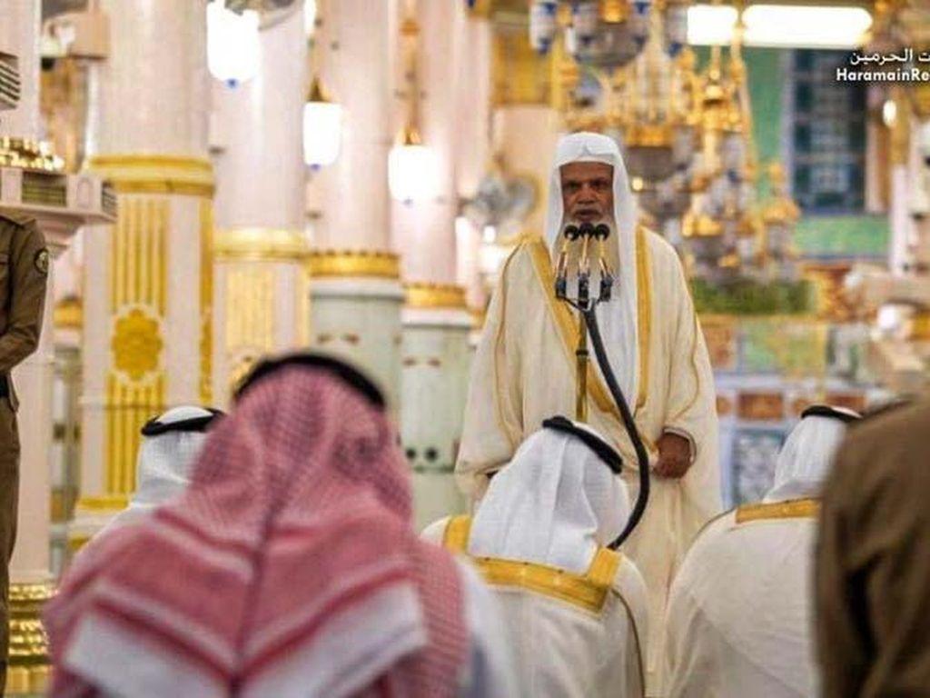 Khutbah Jumat di Arab Saudi Bahas Soal Pencegahan Virus Corona