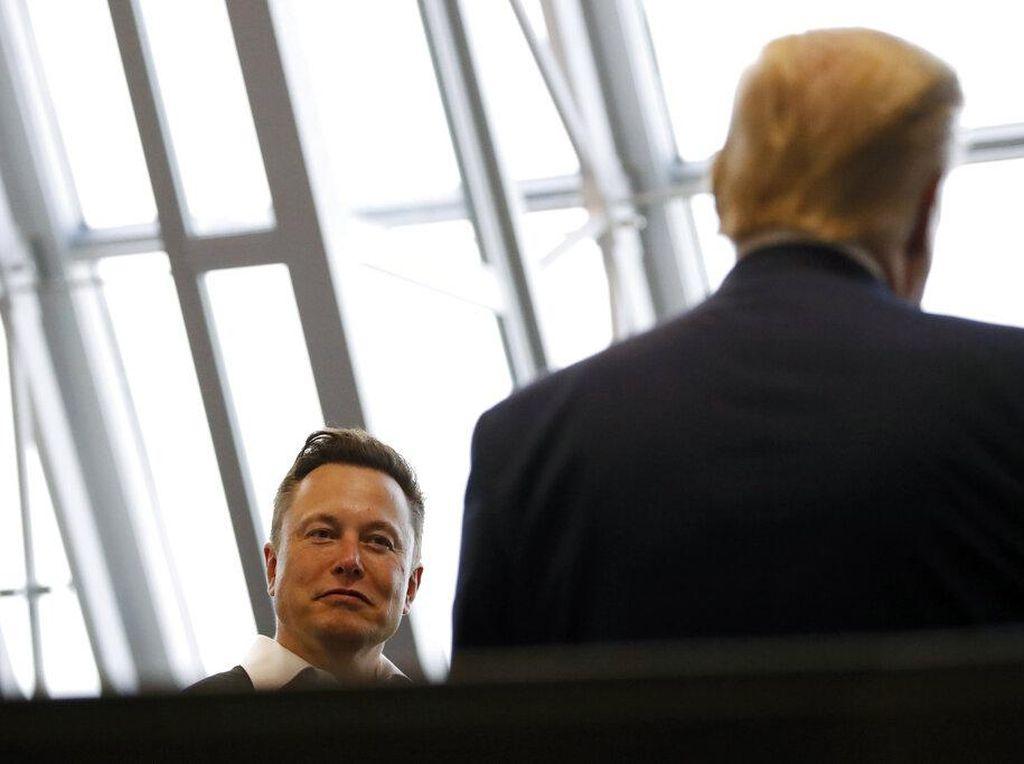 Ssst.. Diam-diam Elon Musk Jajal Mobil Listrik Pesaing Tesla di Jerman