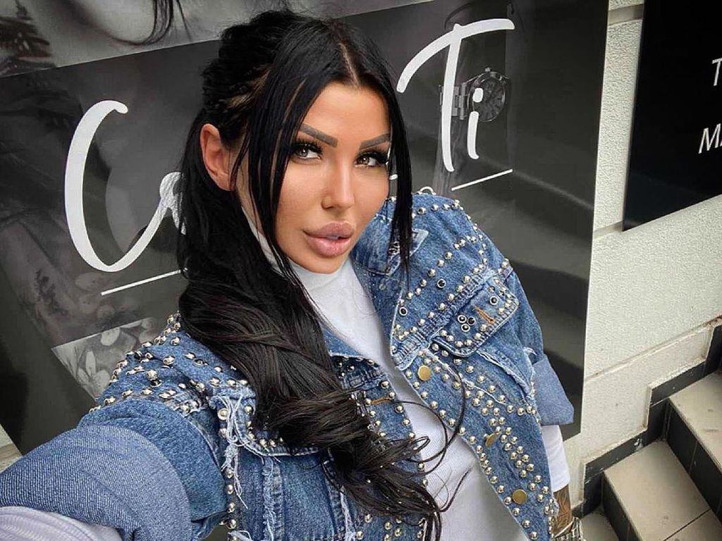 Foto: Bintang Reality Show Ini Diam-diam Ternyata Jadi Muncikari
