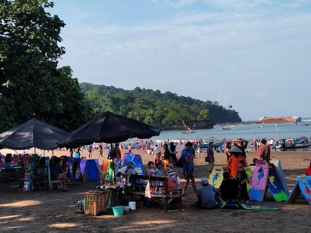 Tepat di Hari Pertama Pantai Pangandaran Buka, Pasien Positif Tambah 2 Orang