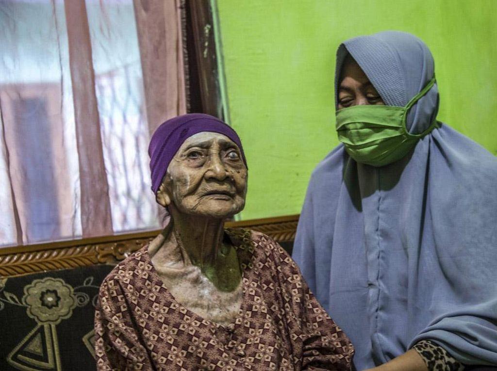 Nenek Usia 100 Tahun yang Sembuh COVID-19 Tak Punya Penyakit Penyerta