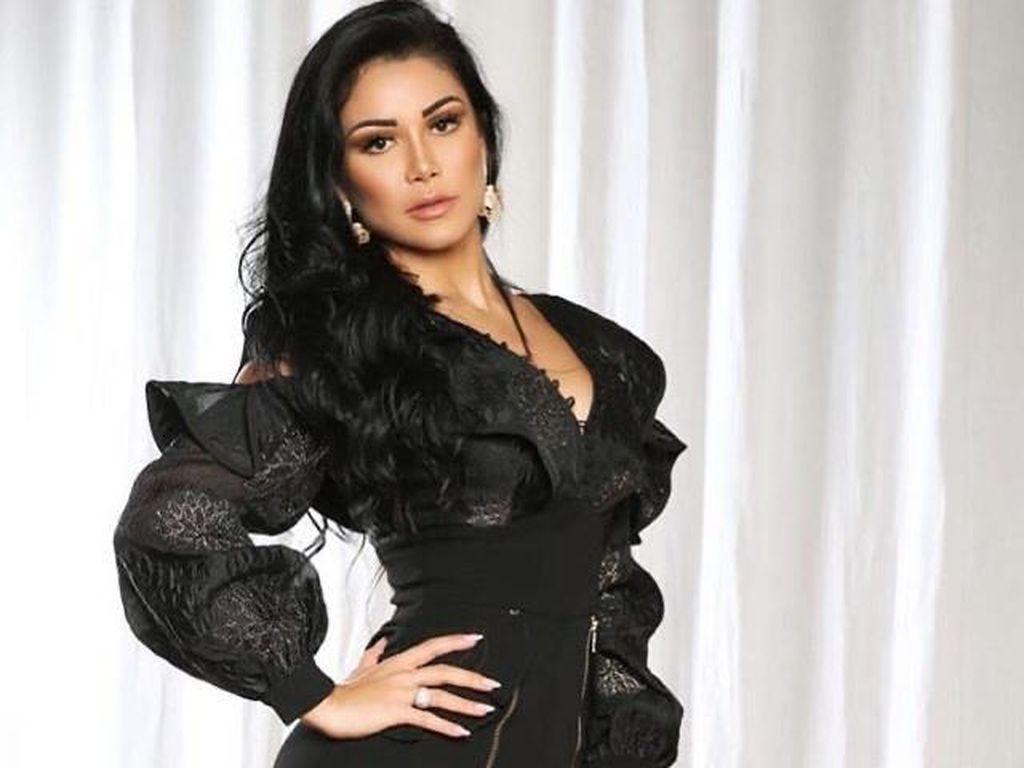 Potret Seksi Model Playboy, Habiskan Rp 2,9 Miliar untuk Operasi Plastik