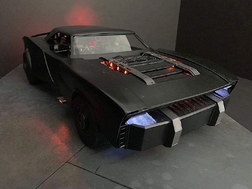 The Batman: Batmobile Terbaru Tampilkan Wujud Aslinya