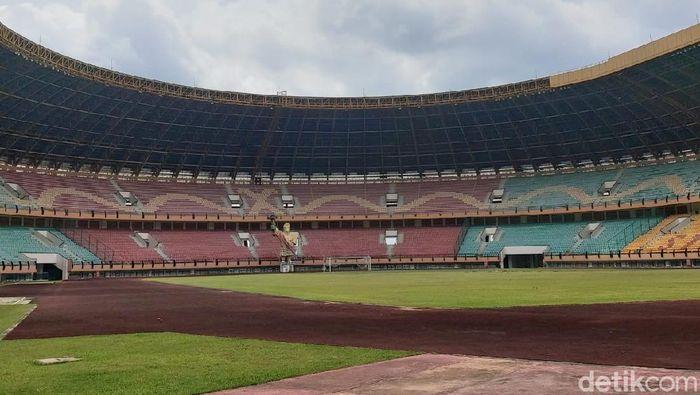 Stadion Utama Riau sudah mulai kinclong.