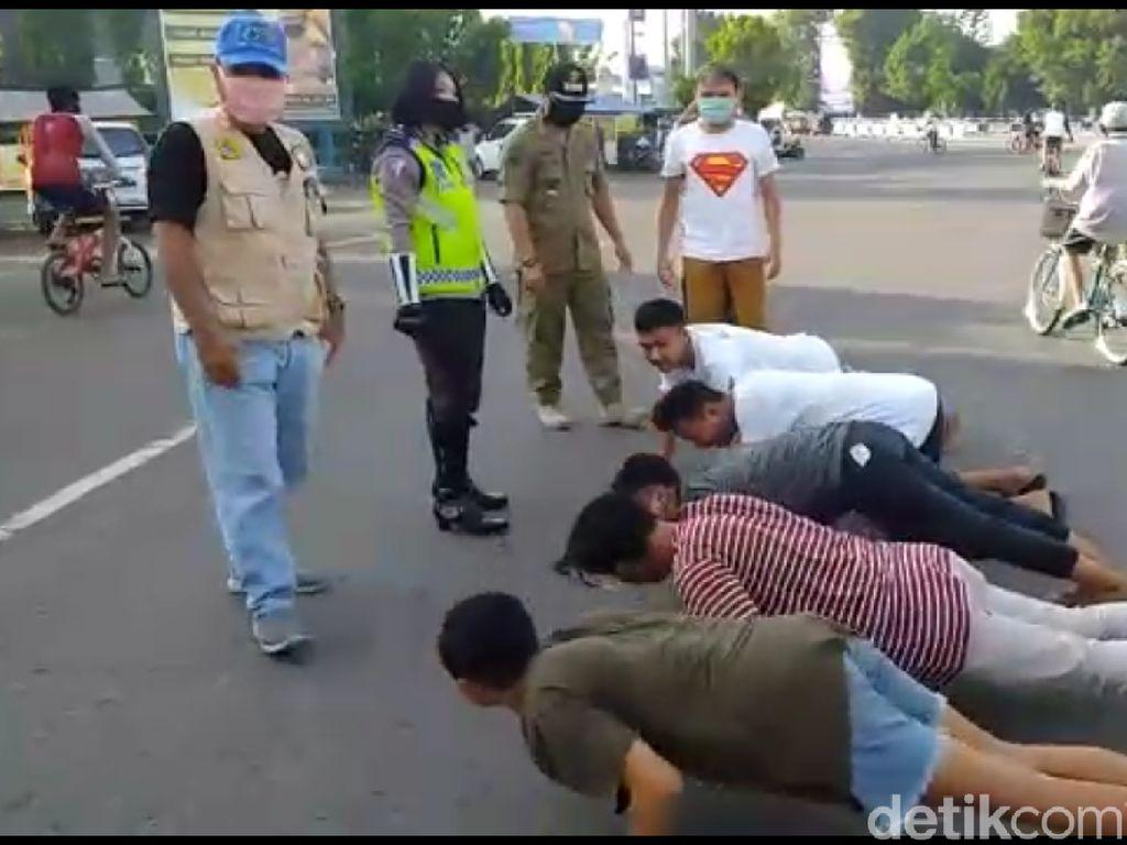 Video Puluhan Orang Tak Bermasker di Tegal Dihukum Push-up dan Nyanyi