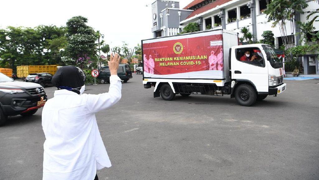 Ribuan Masker untuk Pencegahan COVID-19 di Surabaya