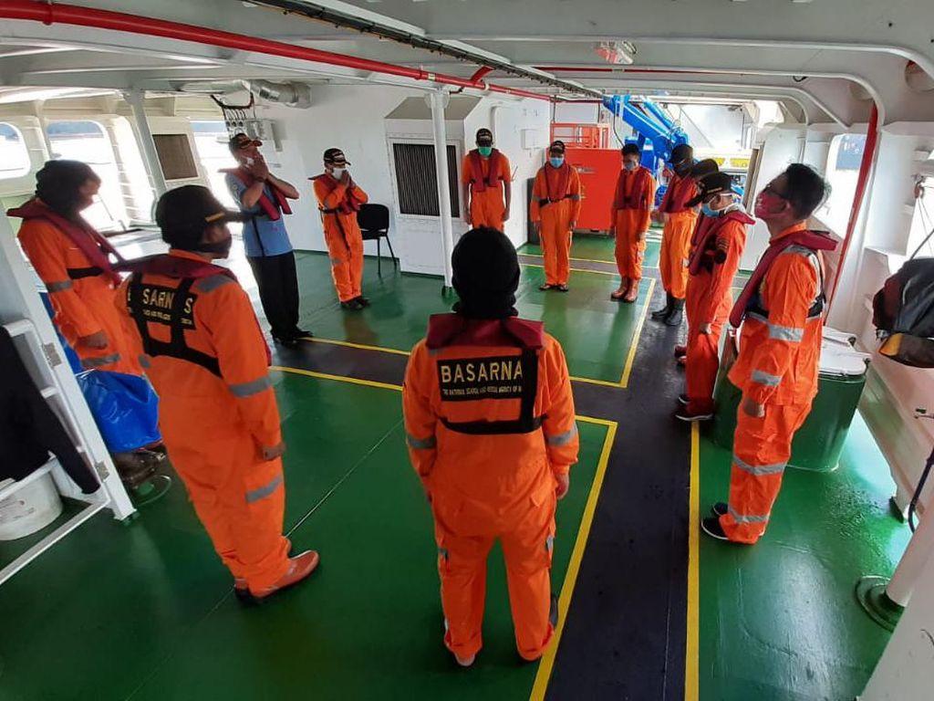 11 Pencari Ikan Yang Hilang di Laut Makassar Ditemukan Selamat