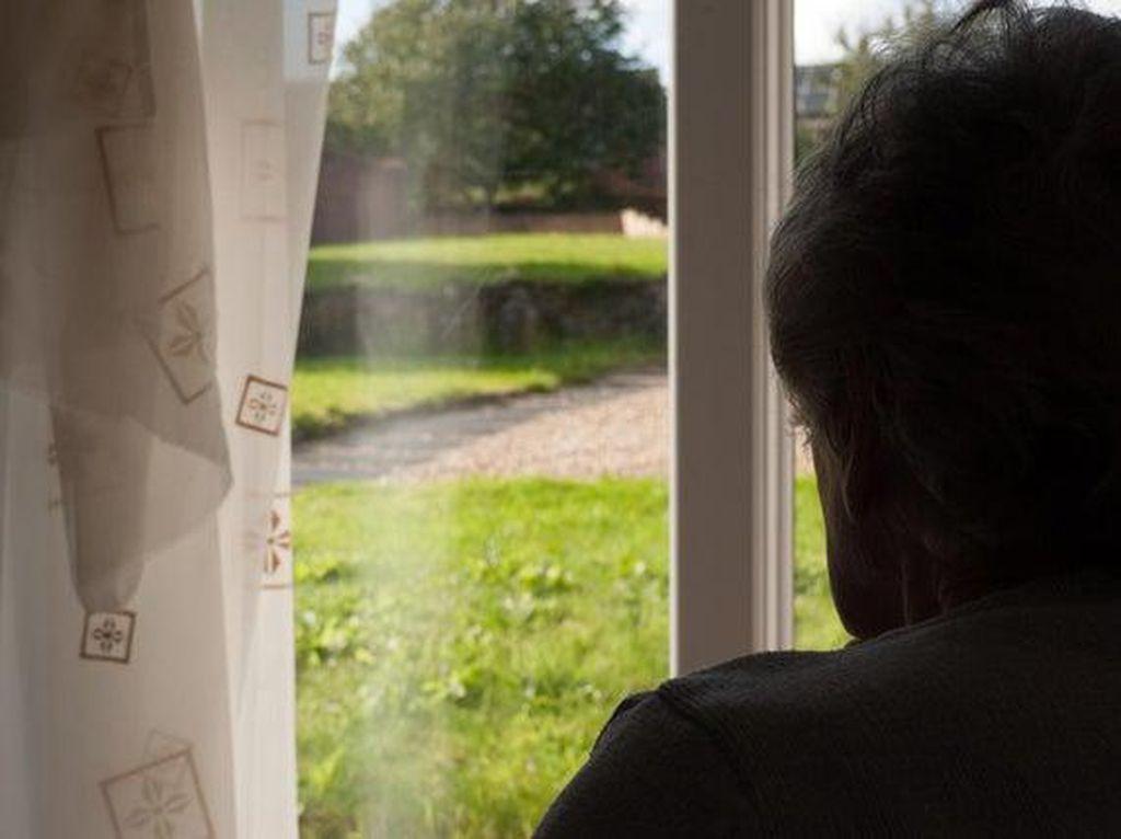 Takut Corona, Nenek 94 Tahun Kurung Diri 5 Hari Tanpa Makan