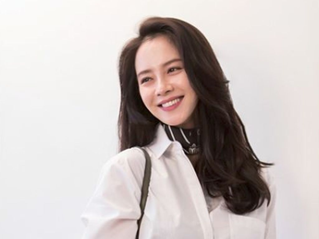 Confirmed! Song Ji Hyo Jadi Penyihir di Come to The Witch Restaurant