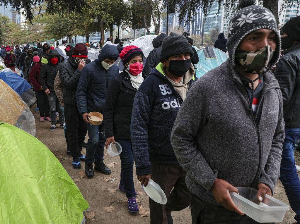 Naik Kapal, 500 Migran Tiba di Italia dalam Dua Hari Terakhir