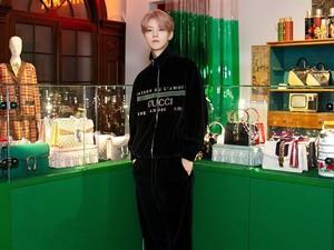 Fakta-fakta Luhan Eks EXO yang Jadi Atensi Karena Baju Bertuliskan Syahadat